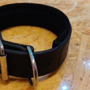 Hunde læderhalsbånd med indvendig filt, sort