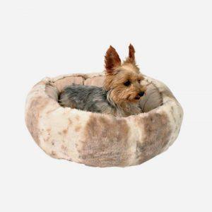 Hundeseng i lækkert sælskindslook 50 cm.