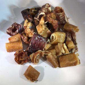 Tørrede blandede gris og okselækkerier, mix 500 g - 100% ren
